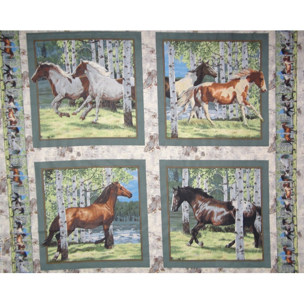 4 Panels - Horse Pillow Wild Wings - CP67477